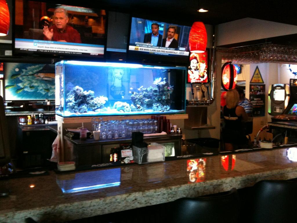 Fish tank peanut island sports bar grill for Fish tank bar